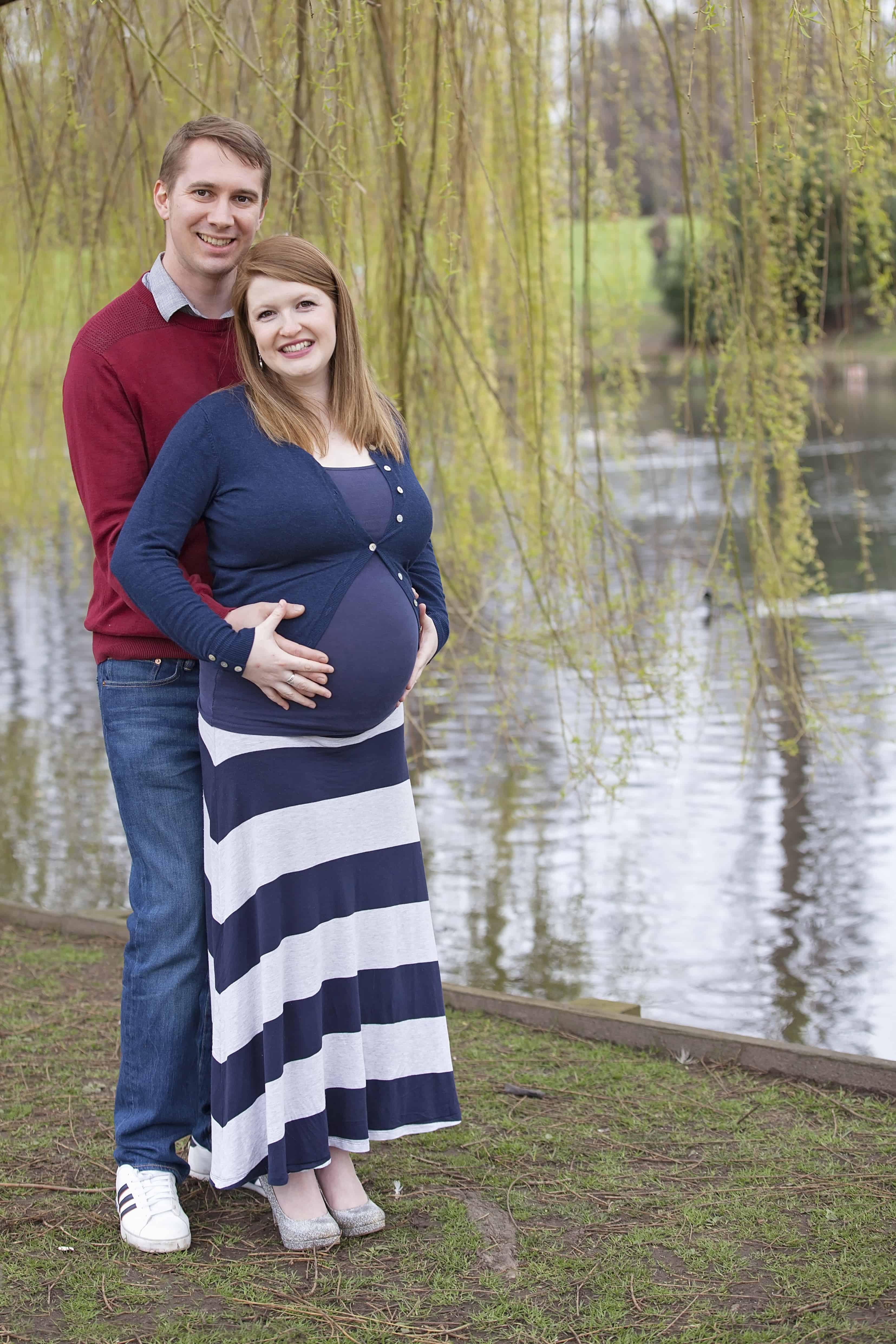 nautical Maternity Photoshoot Outfits